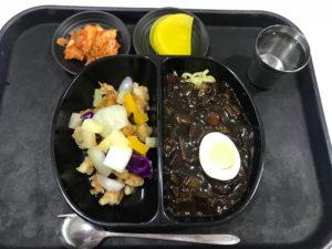 ジャージャー麺&酢豚